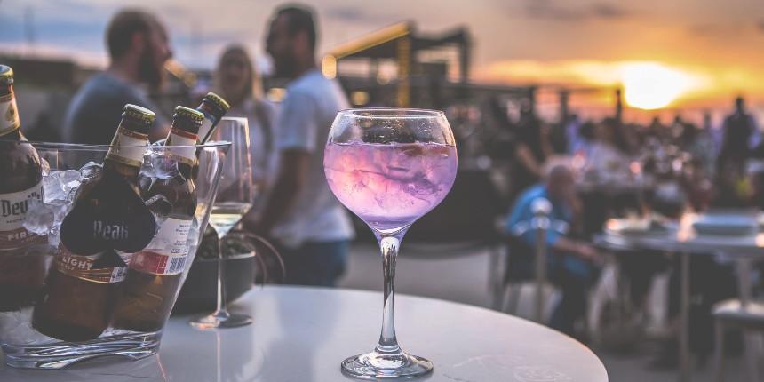 hire a private bartender